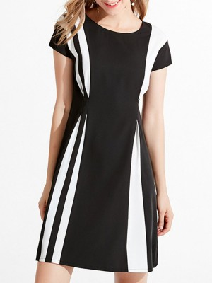 Black A-Line Daily Solid Color-Block Folds Midi Dress