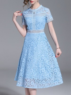 Sky Blue Crew Neck Lace Date Paneled Midi Dress