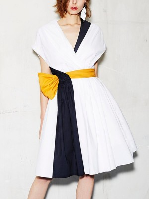 V Neck Short Sleeve A-Line Date Color-Block Midi Dress
