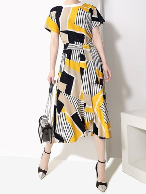White A-Line Daily Casual Graphic Printed Midi Dress