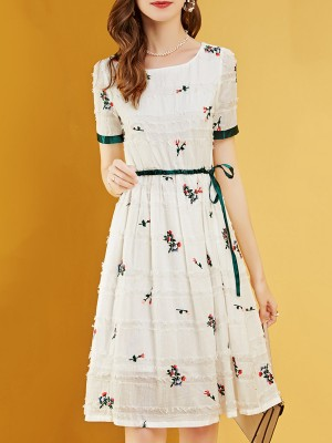 White Summer A-Line Daily Floral Printed Casual Midi Dress