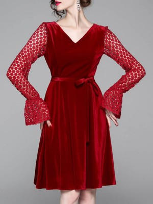 V Neck Red Graphic Bell Sleeve Elegant Midi Dress